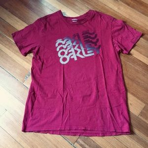 Men's Oakley T-shirt Size XL/TG